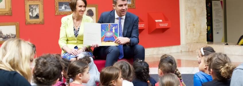 NSW Premier Celebrates Indigenous Literacy Day